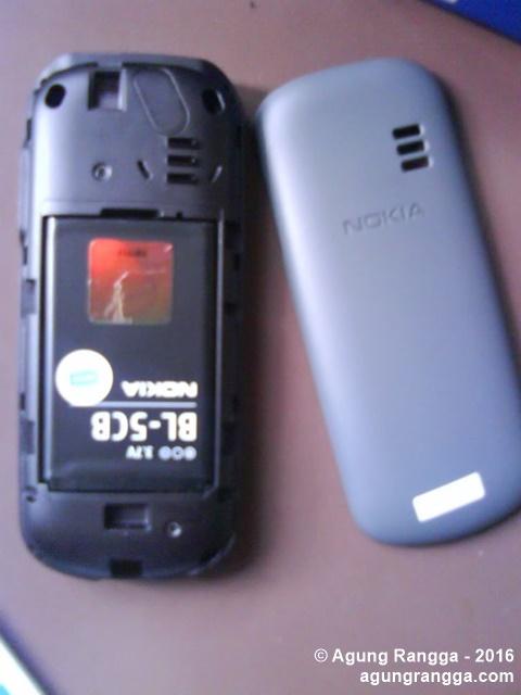 bagian dalam Nokia 1280