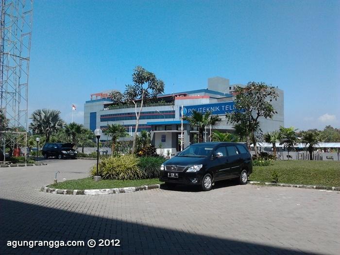 gedung Politeknik Telkom