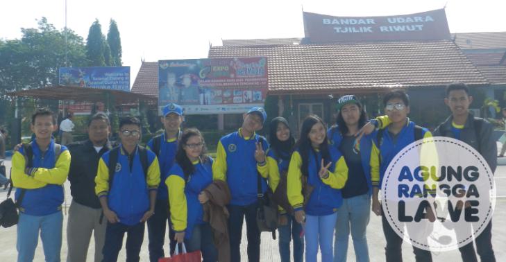 rombongan Tel-U tiba di Bandara Tjilik Riwut