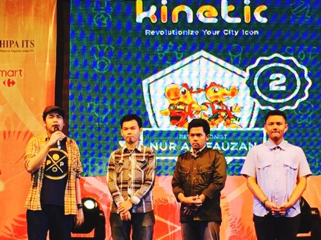 kak Faza Meonk sedang menjelaskan Kinetic