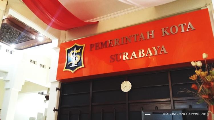 pintu Balai Kota Surabaya