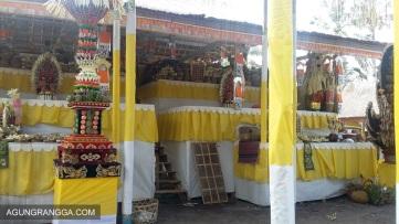 bale-bale besar di Utama Mandala