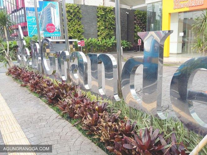 Depan Hotel Best Western Bandung