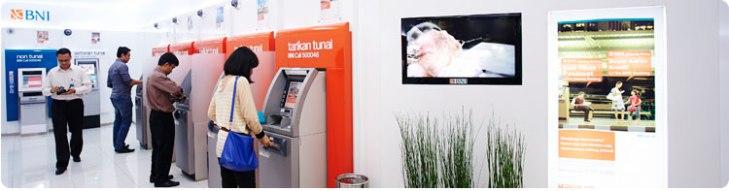 lokasi mesin ATM yang banyak tersedia jadi salah satu alasan memilih BNI