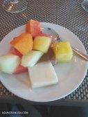 Salad buah dan puding