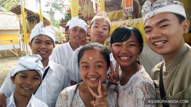 selfie bersama sepupu-sepupu