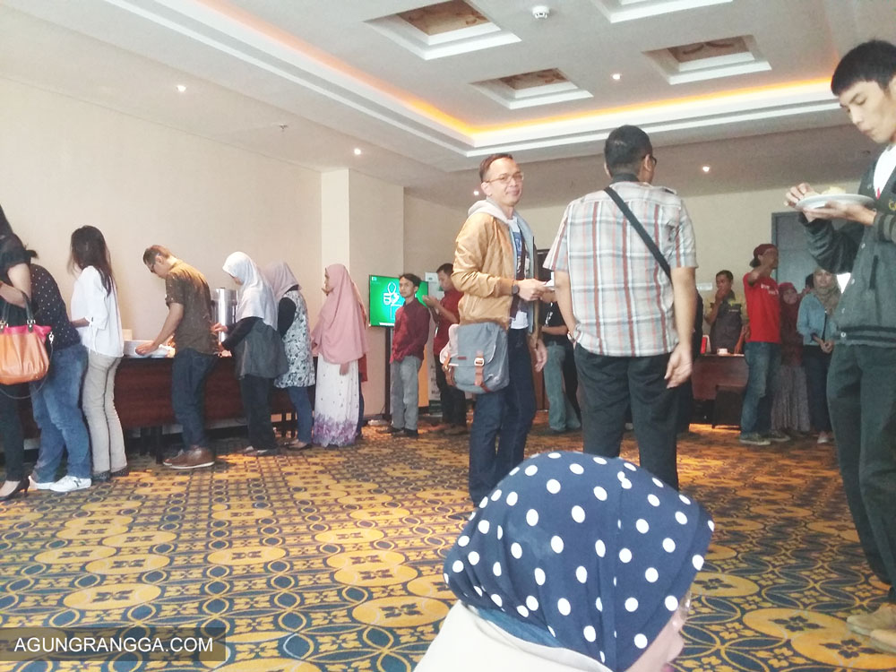 Suasana coffee break