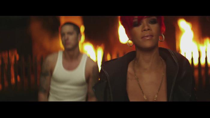 Eminem & Rihanna – Love the Way You Lie | berbohong demicinta