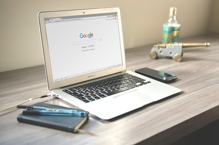 Kenapa Memilih Blog Sebagai Tempat 'Curhat'?