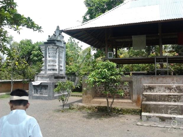 utama mandala - Pura Lingsar Narmada, Lombok