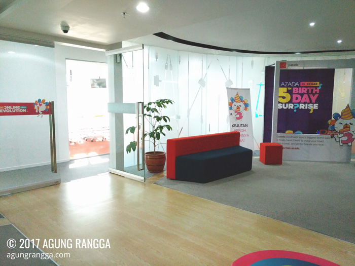 tiba di Kantor Lazada Indonesia