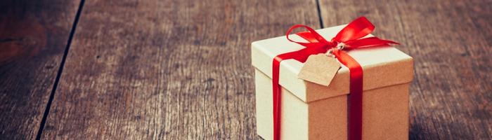 Hadiah dari Keluarga & Sahabat