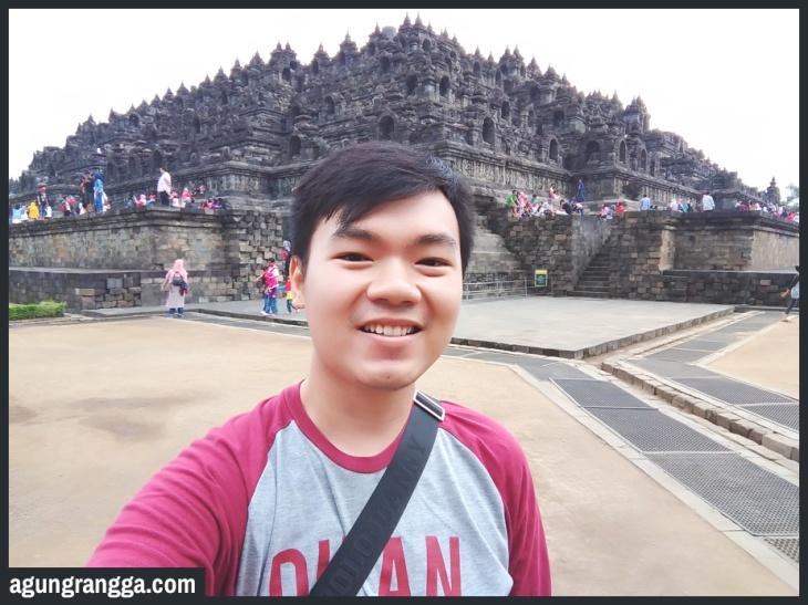 Juni - Jalan-jalan ke Candi Borobudur