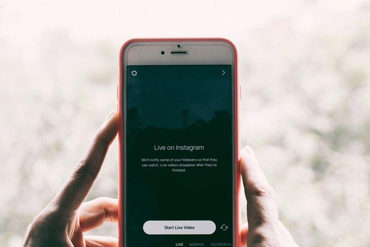 Tidak Bisa Lepas dari Media Sosial