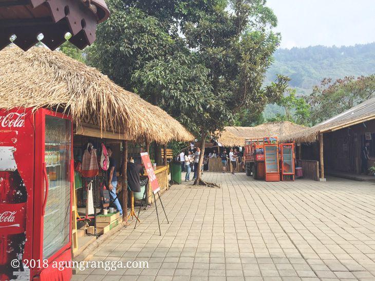 Toko di The Lodge Maribaya