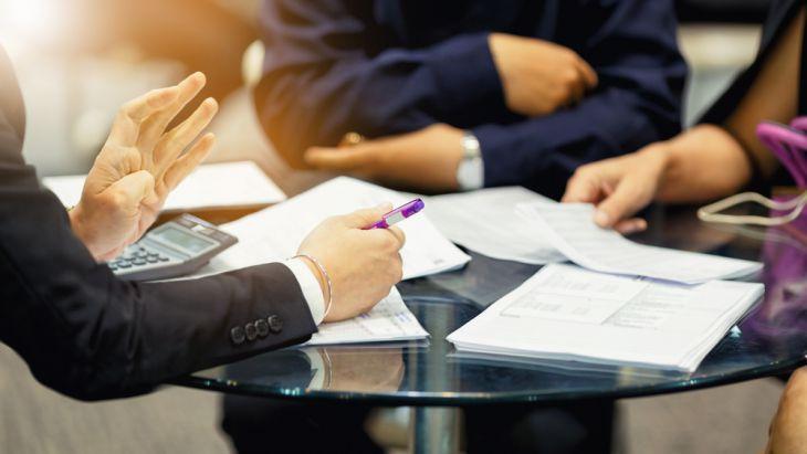 Penghubung Antara Klien (Tertanggung) dan Perusahaan Asuransi (Penanggung)