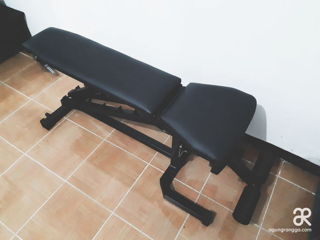 Kado adjustable fitness bench