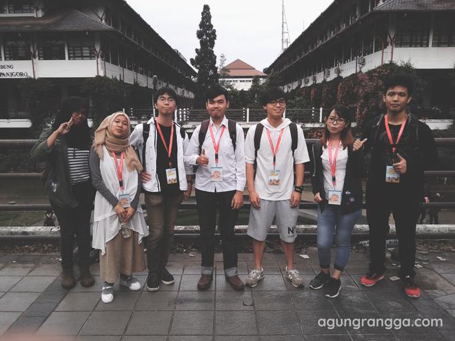 Kelompok Summer Course - Mossi, Wiedy, Hiroaki, Agung, Roger, Angel, Suteja
