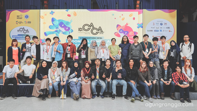 Foto bersama semua peserta summer course